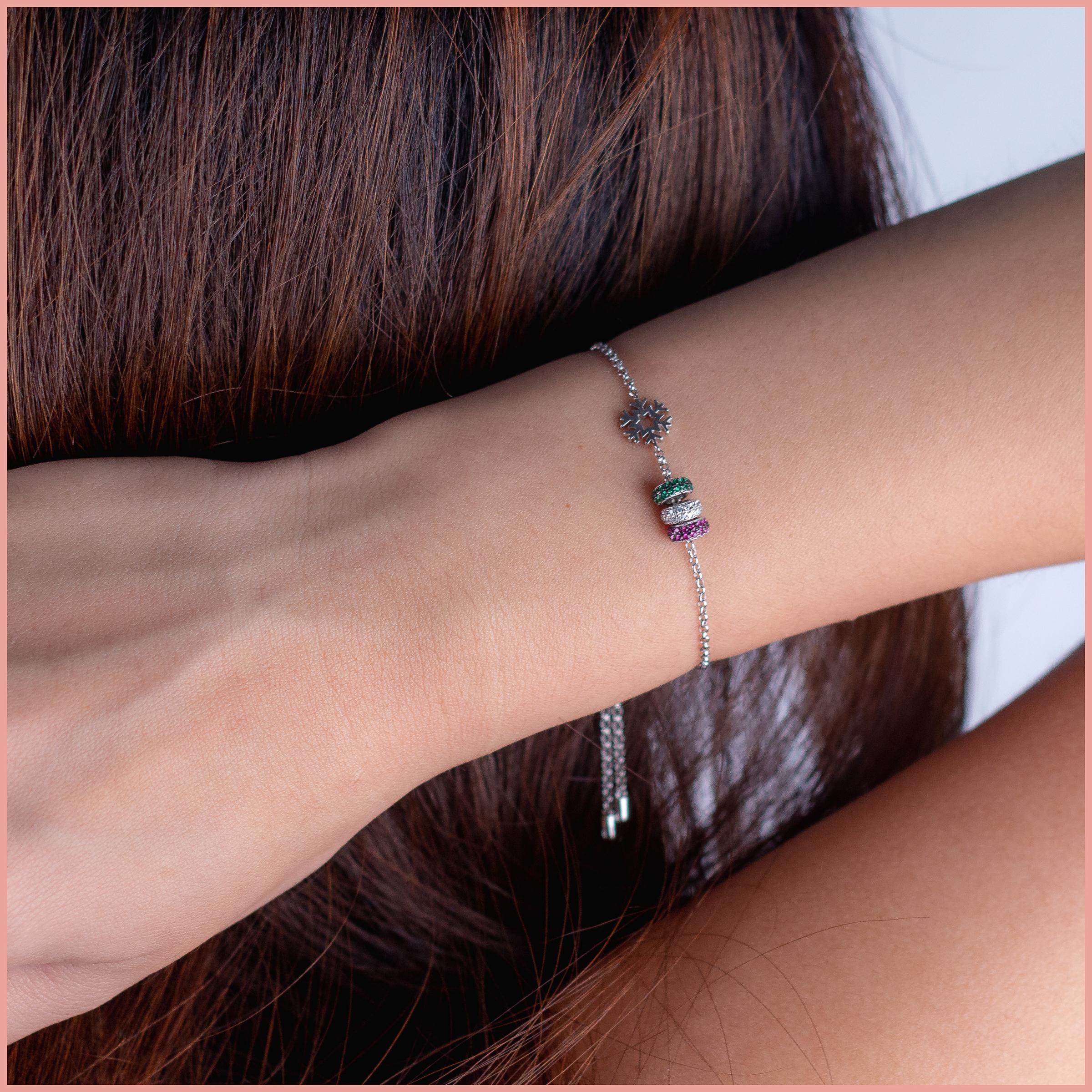HL Christmas20 Tri Bracelet_2.jpg