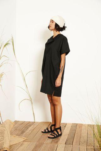 Kio_Drape_Dress_Black_2