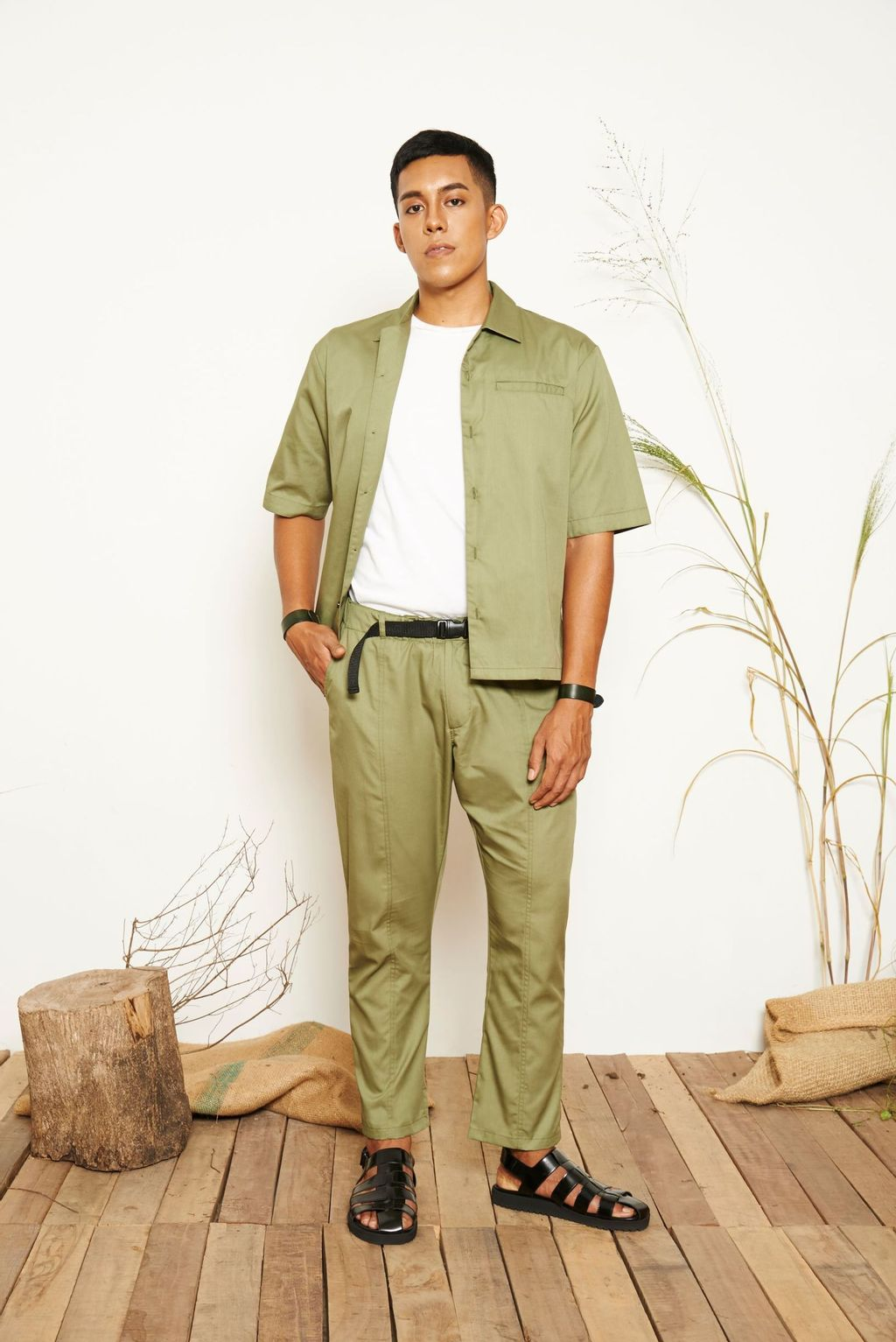 Liam_Belted_Pants_Green_1