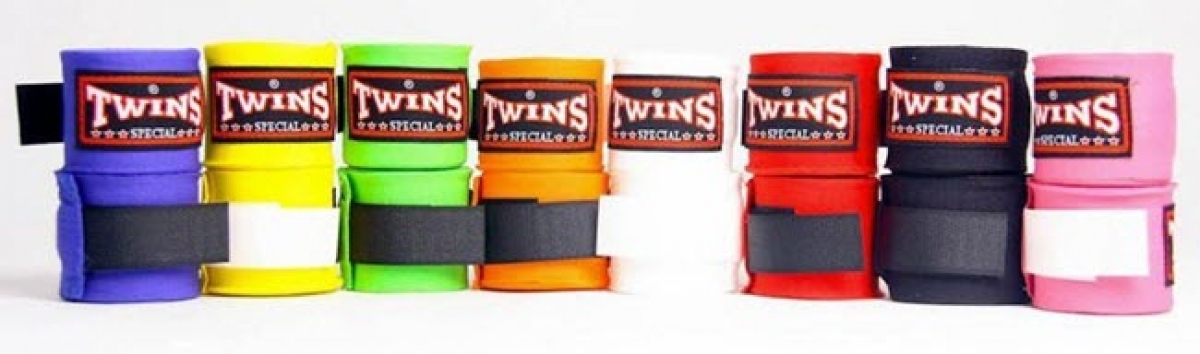 TWINS-SPECIAL_Handwrap_CH5_new-label_GOLD_WM.jpg