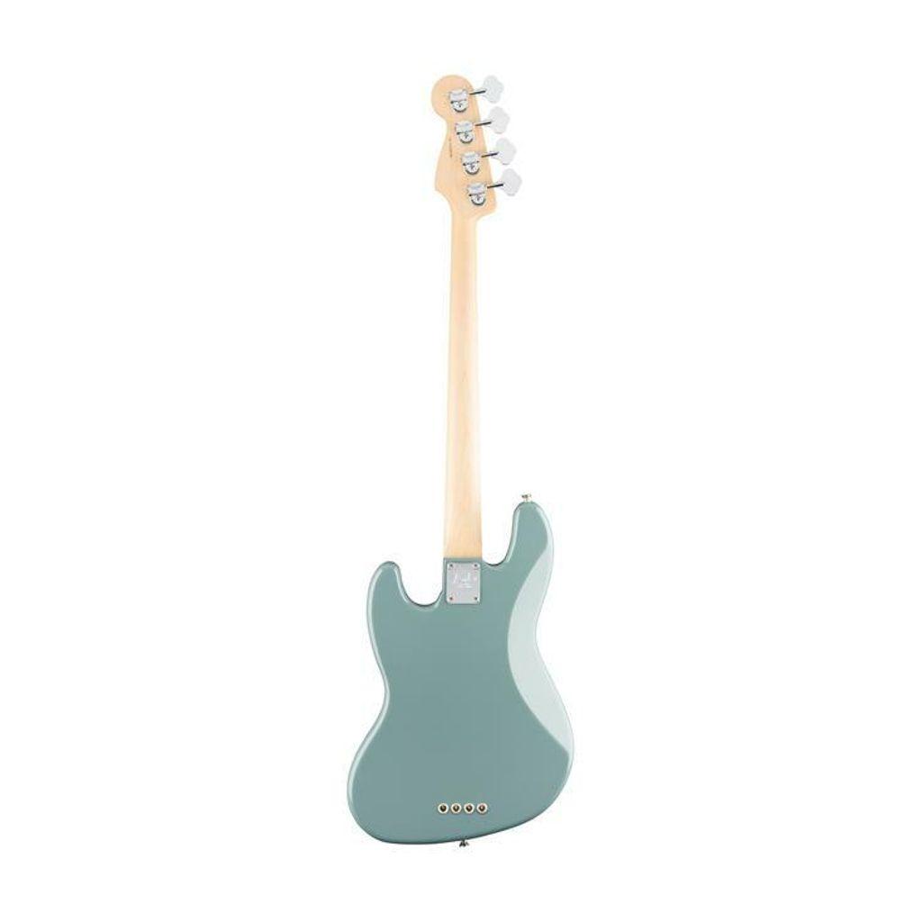 Fender 2.jpg