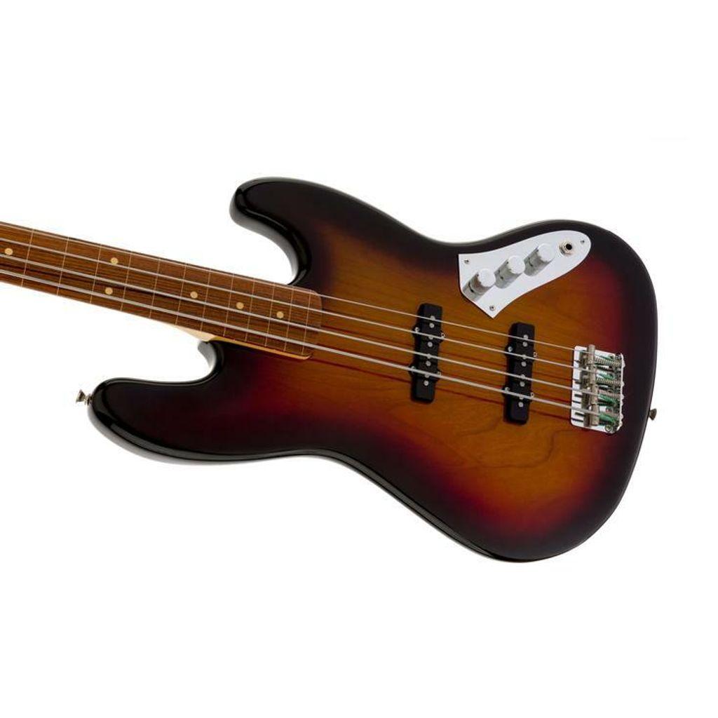 Fender 4.jpg