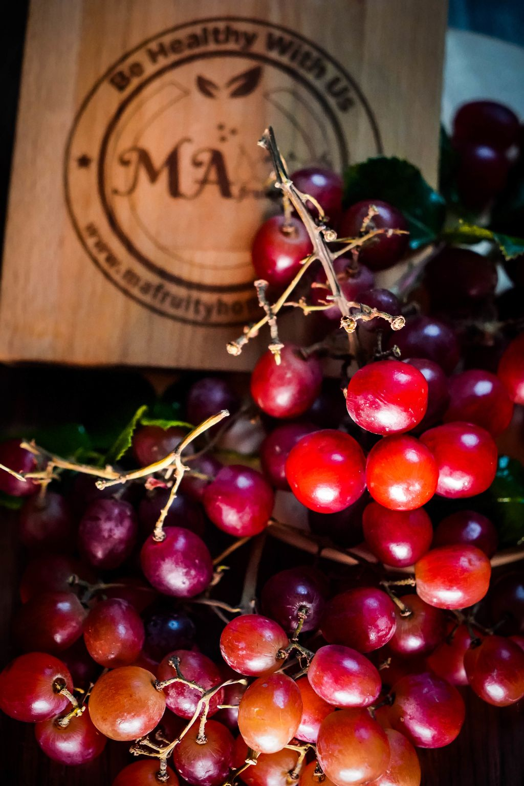 GRAPES-RED-2.jpg