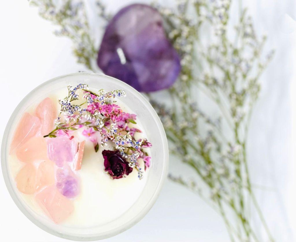 rose quartz and amethyst candle4.jpg
