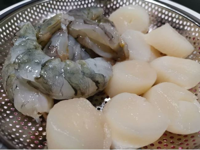 Hungry People Online Food Mart | Product Catalog - PRAWNS & SCALLOPS
