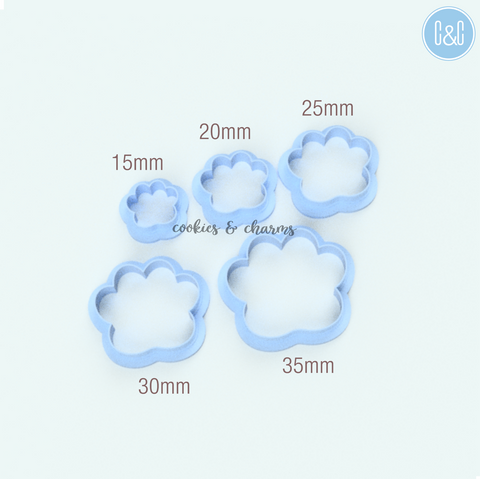 Paw shape clay cutter size.png