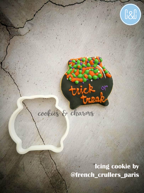 Cauldron cookie cutter.png