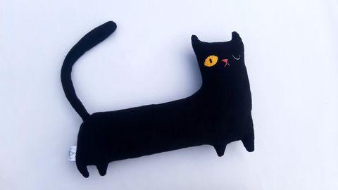 Tingau_Cat_Black_Large1.jpeg