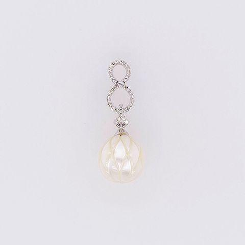 P1_infinite-pwp-pearl-pendant_A.jpg