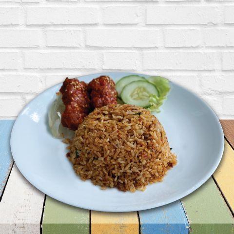 Grab-RRe09 Nasi goreng kampung with pedas giler chicken wing.jpg