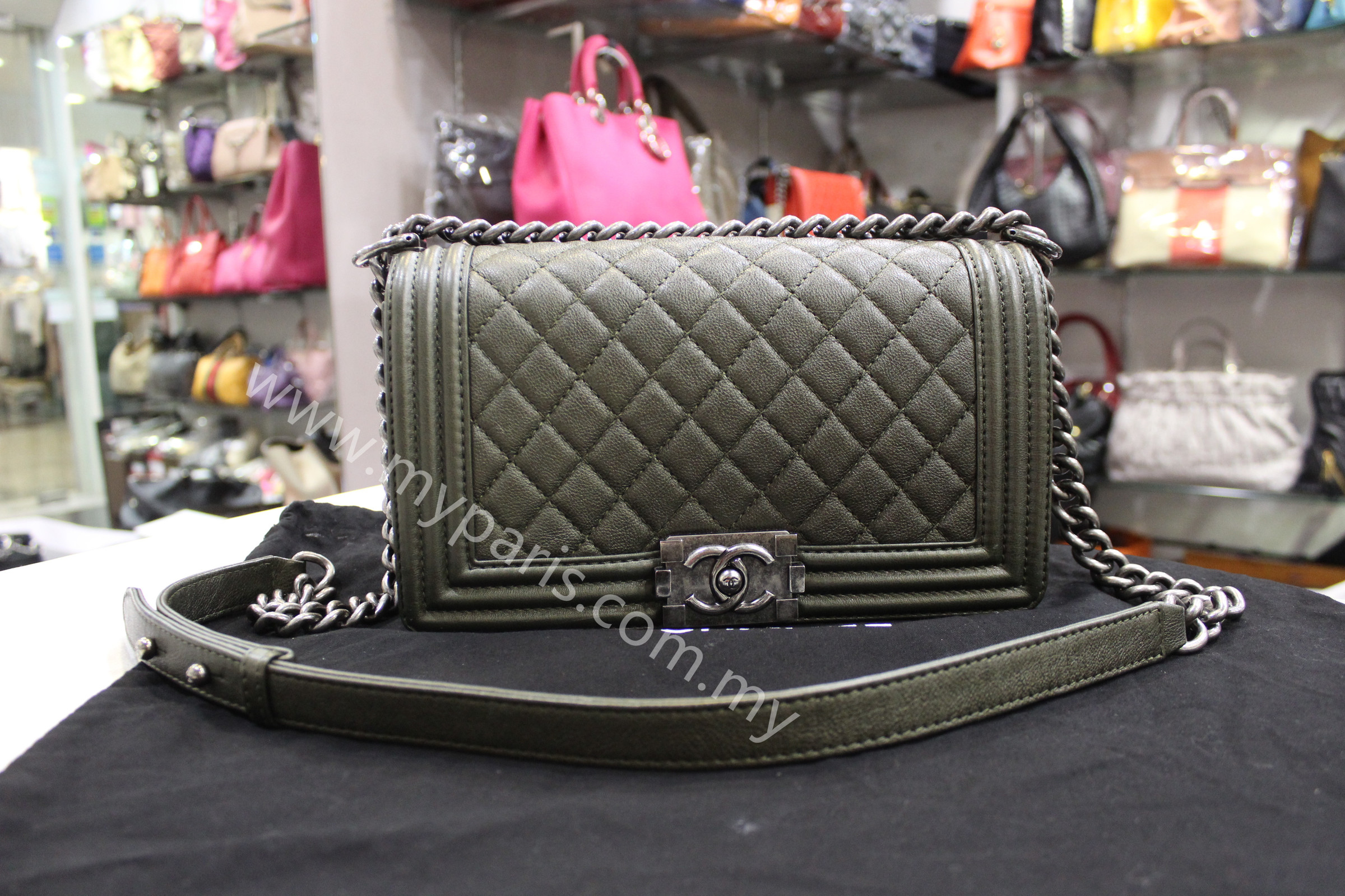 2da5a8422a64 Home › Chanel Olive Green Caviar Leboy Old Medium Ruthenium Hardware.  IMG_7275.JPG