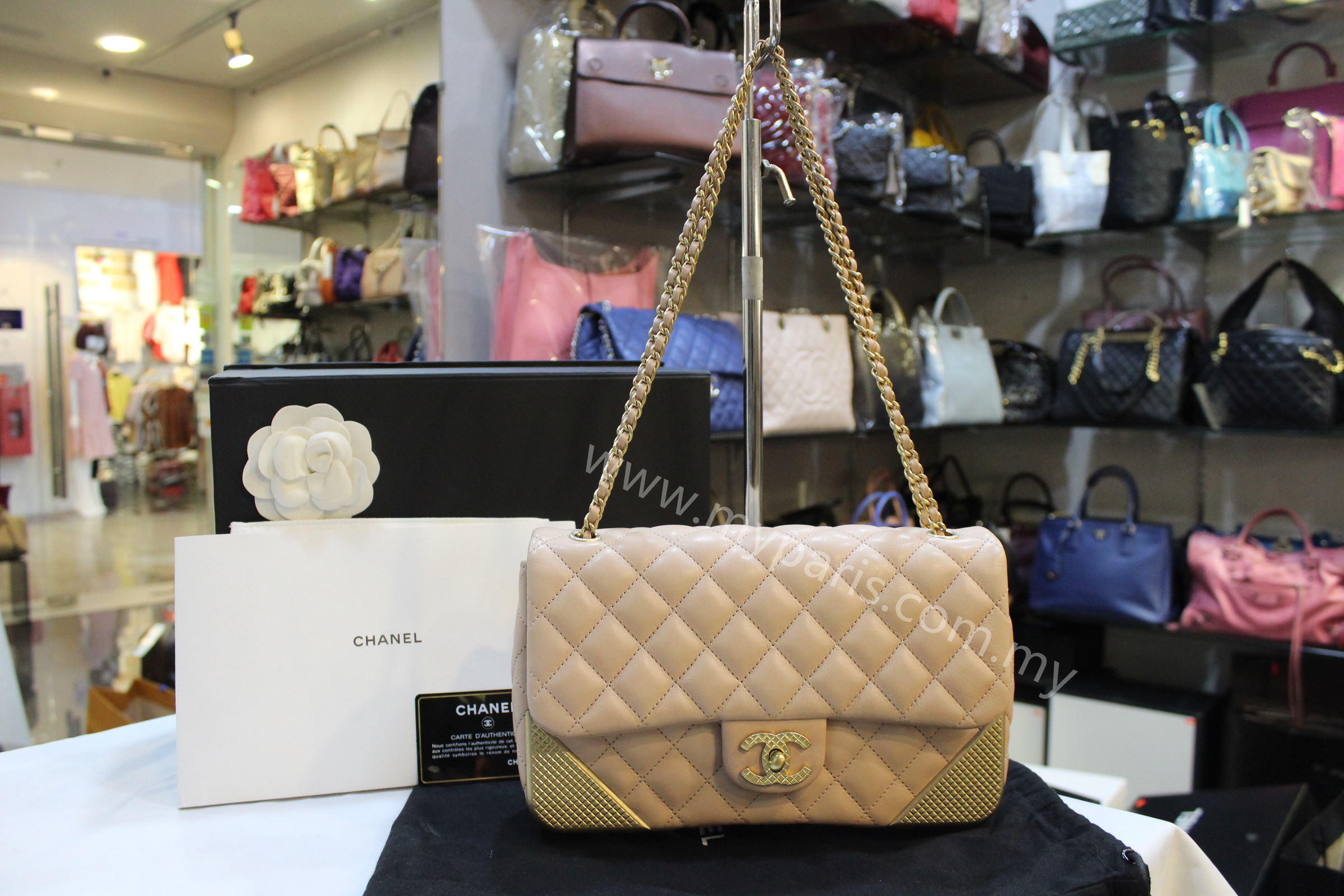 c3401ae548e9f1 Home › Chanel Quilted Calf Leather Rock The Corner Medium Flap Bag.  IMG_5133.JPG