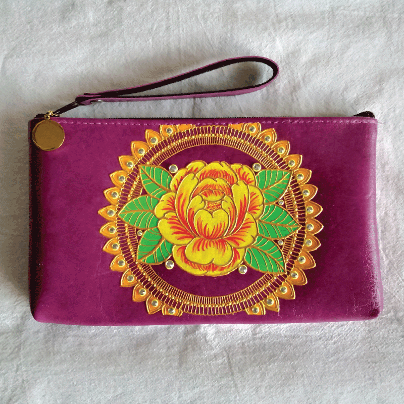 Peranakan-Peony-Collection-Hand-painted-Wristlet-Purple-(L).png