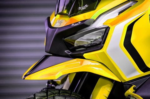 BumbleBee-Yellow-Sporty-Front-Under-Fairing.png
