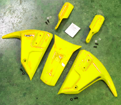 BumbleBee-Yellow-Sporty Front Mudguard Covers-5pcs.png
