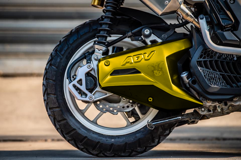 AsurA ADV150 Sporty Rear Swing Arm Cover - Yellow.png