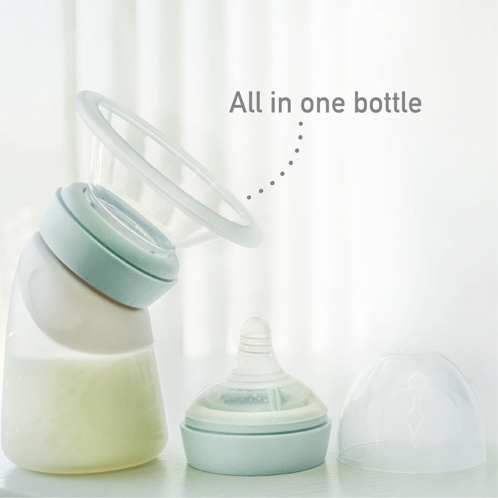 Silicone Angled Feeding Bottle _ Breast Pump-06.jpg