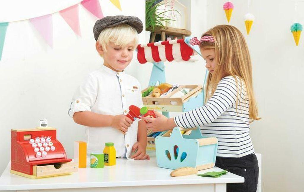 TV326-Groceries-Scanner-Wooden-Food-Shopping-Basket-Girl-Boy_720x456 4.jpg