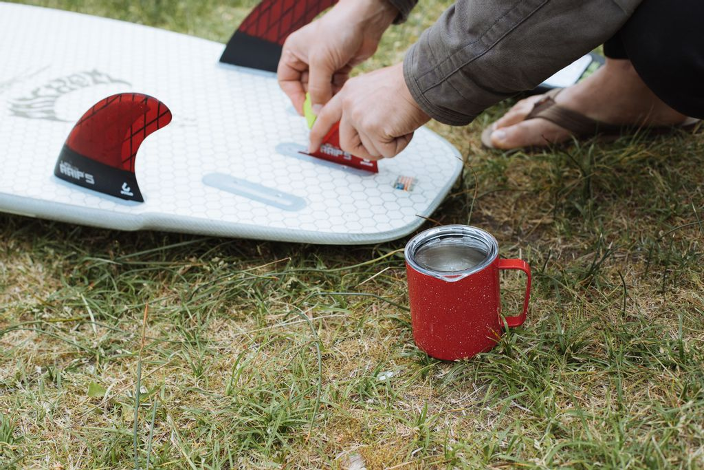Camp_Cup_Speckled_Red_Lifestyle_2019-20_2.jpg
