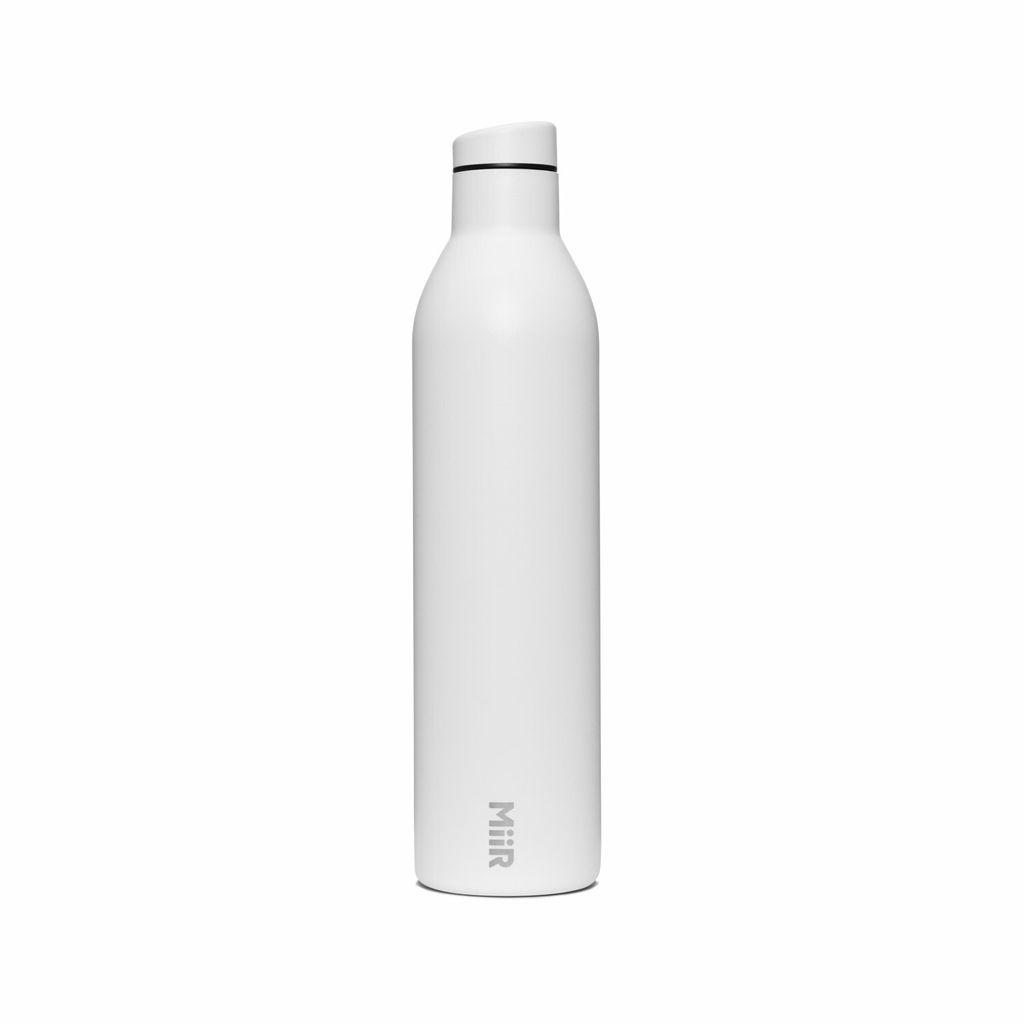 Wine_Bottle_White_Studio_1020_402451_Front.jpg