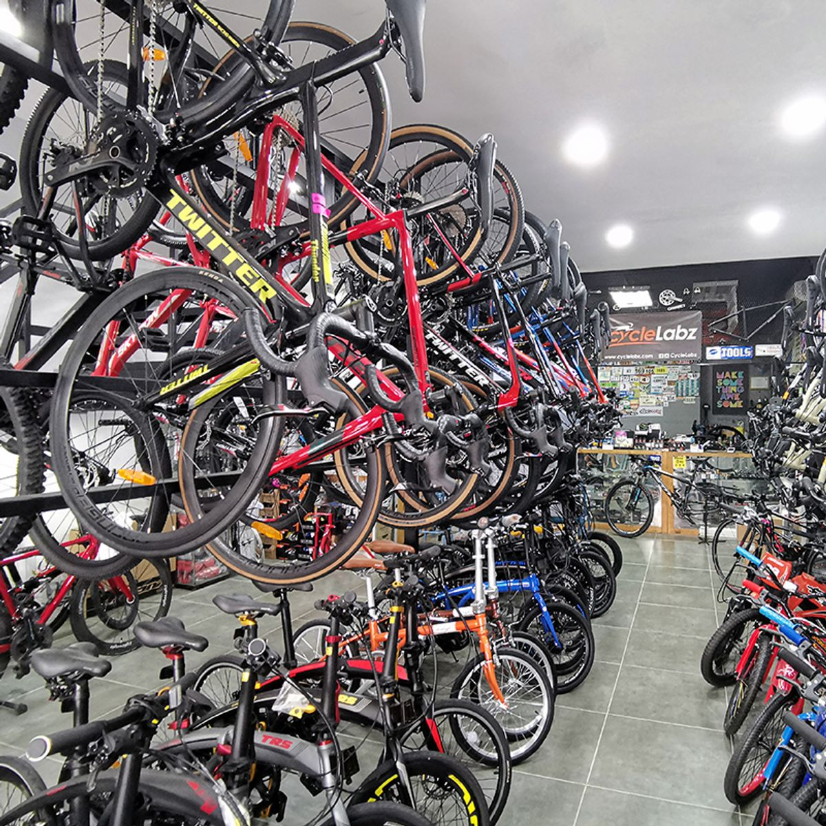Cyclelabz Pro Centre Official Webstore