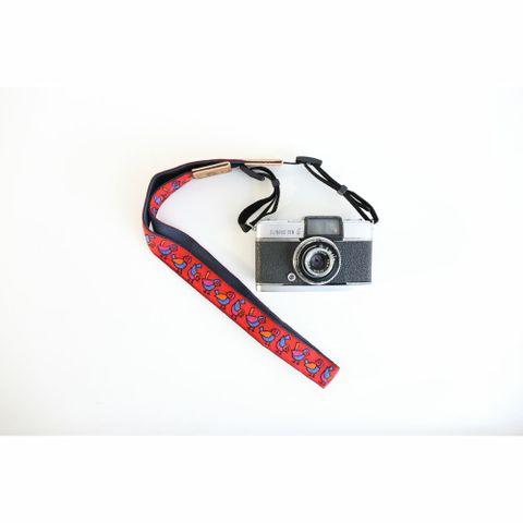 3004-04-小鳥-紅-相機背帶-Pro01-SQ1000.jpg