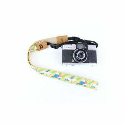 3006-02-富士山-淡粉橘-相機背帶-Pro01-SQ1000.jpg