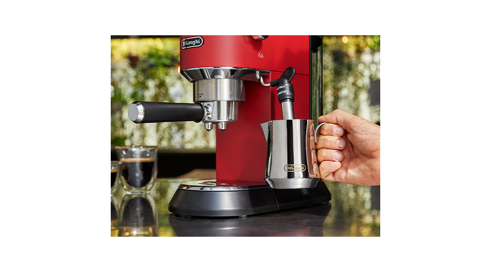 Delonghi dedica style red pump coffee machine features 3